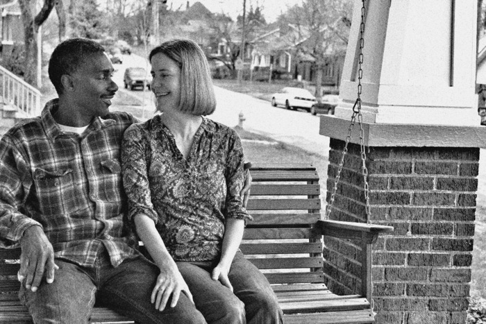 Moyes+Olatushani porch swing
